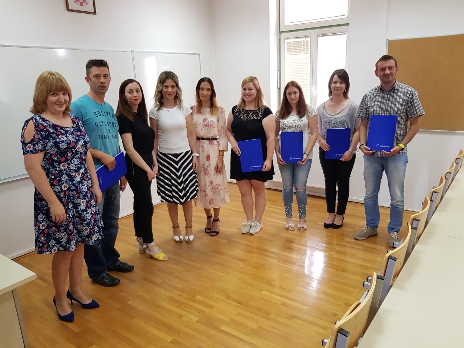 Podijeljene diplome polaznicima verificiranog tečaja engleskog i njemačkog jezika Veleučilišta Nikola Tesla!