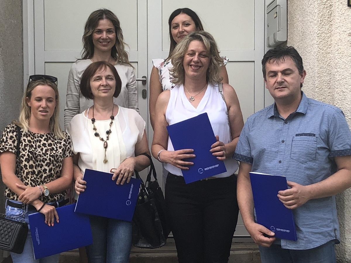 Polaznici škole stranih jezika na Veleučilištu u Otočcu dobili svjedodžbe verificirane od ministarstva