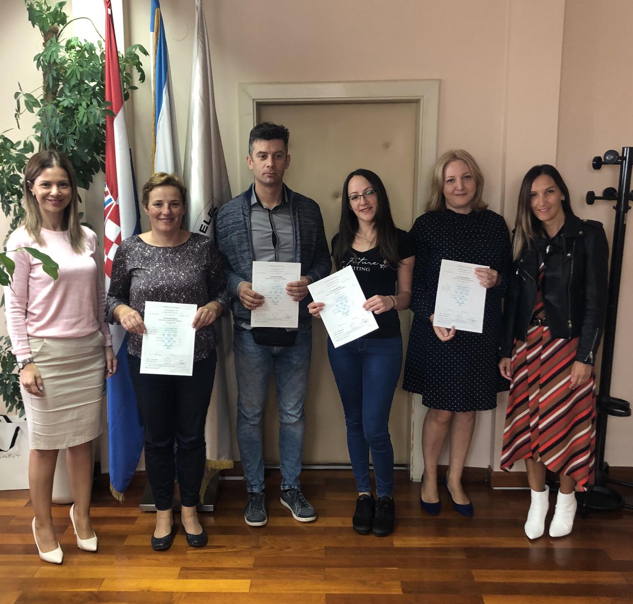 Uručene svjedodžbe polaznicima škole stranih jezika